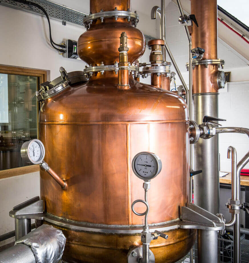 Brennblase in der Isle of Harris Distillery