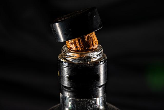 Korken auf Whiskyflasche