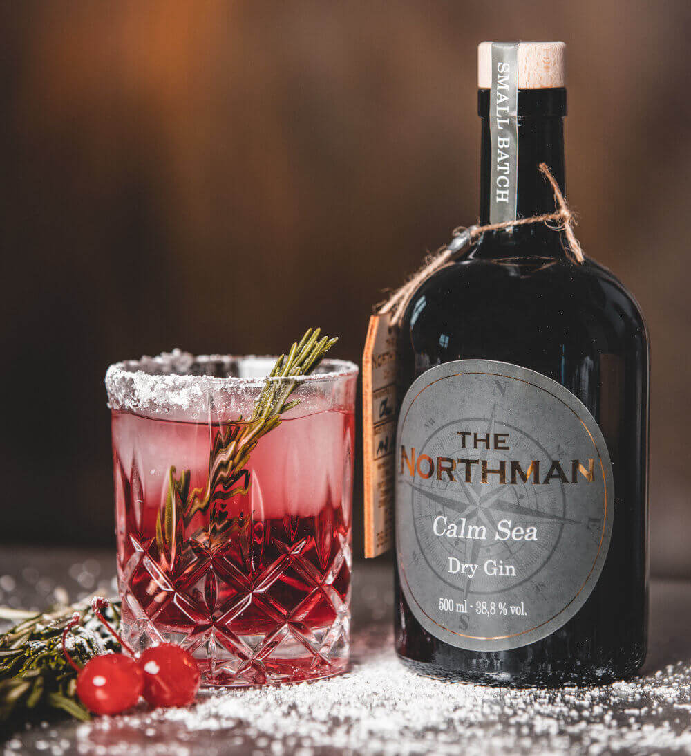 The Northman Gin mit Cocktailglas