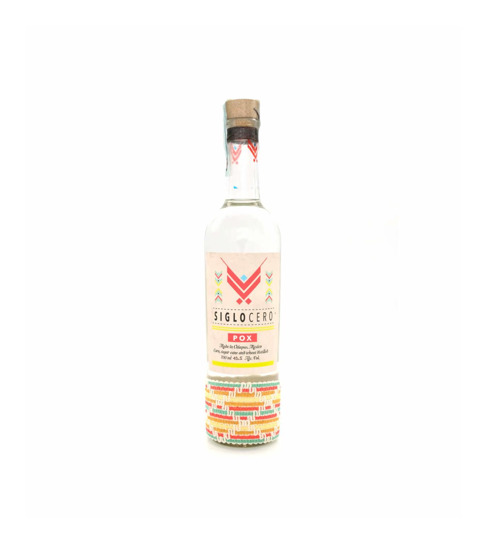 Siglo Cero Pox, eine mexikanische Spezialität in einer bunten Flasche